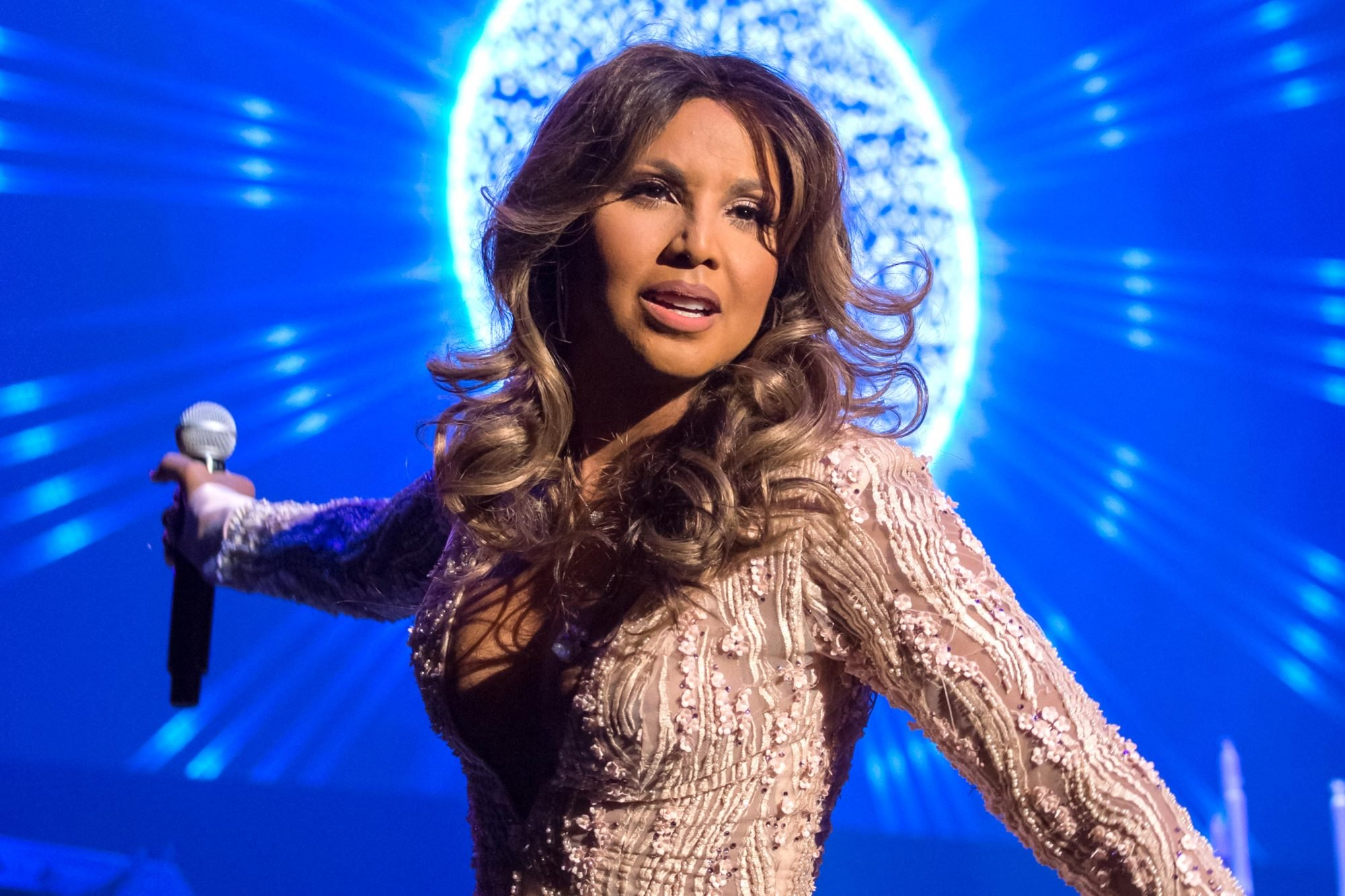 Toni Braxton's Fans Praise Her New Music – People Say The Album Is Her Best