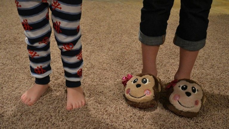 No Pajamas During Online Learning, School Says -- Is That Right?