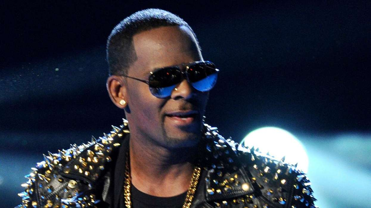Fans Rally In Support Of R. Kelly Amid His New York Sexual Abuse Trial