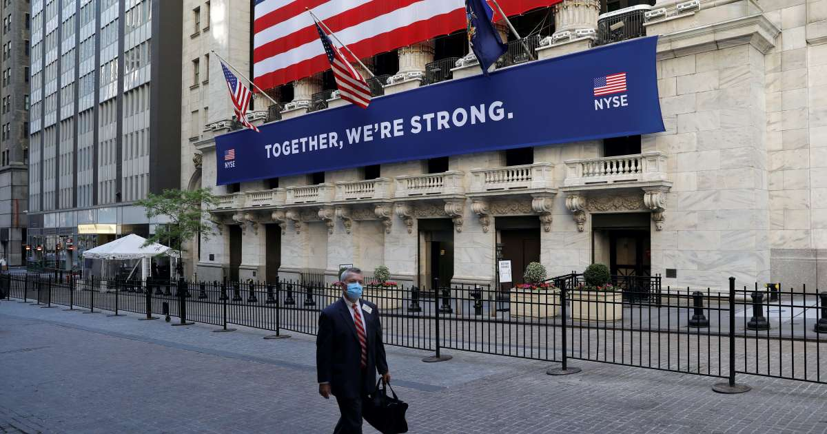 Dow up 160 points as investors cling to stimulus hopes