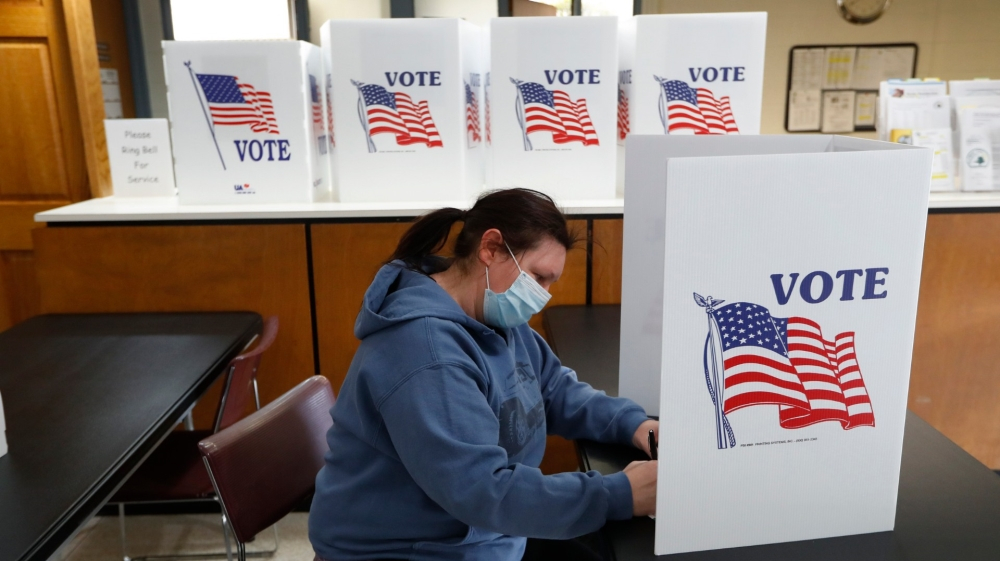 Fight for US battleground state of Michigan enters final stretch