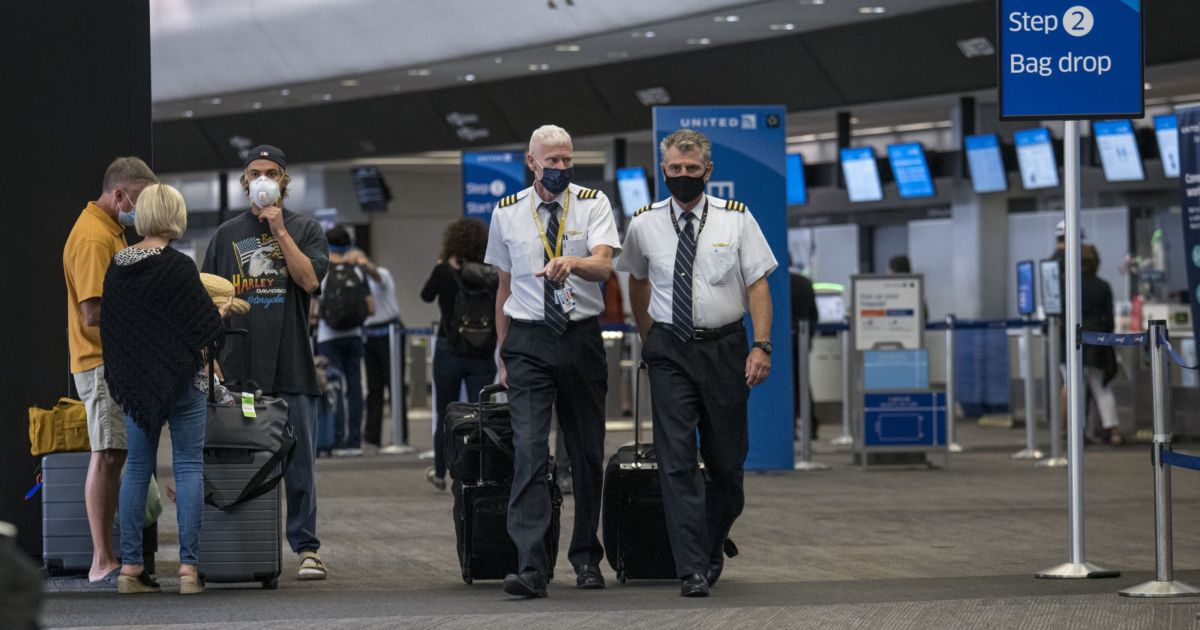 Hopes for bailout still alive as US airlines lay off 32,000
