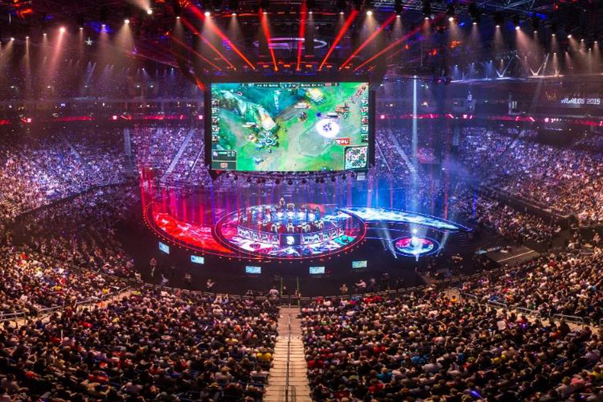 League Of Legends World Championship 2020 Play-In Stage Day Three: Rainbow7 Vs Unicorns Of Love