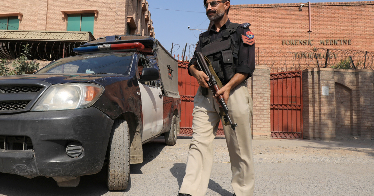 Pakistan police look for suspects after Ahmadi professor killed