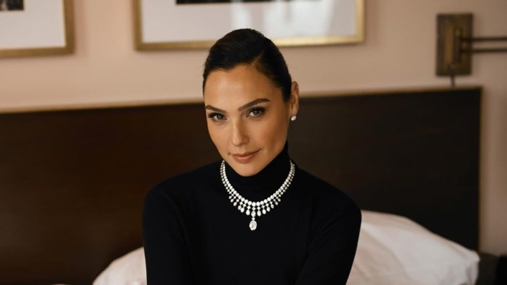 Gal Gadot to Portray Cleopatra — Is It Whitewashing?