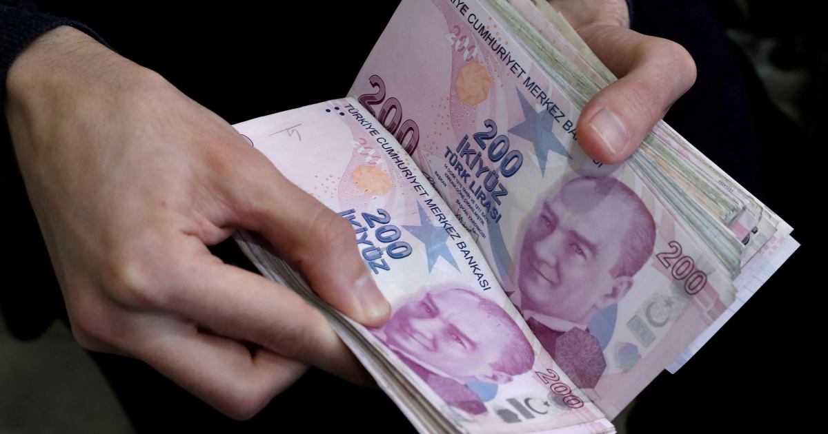 Turkey's lira hits another record low as rift with France deepens