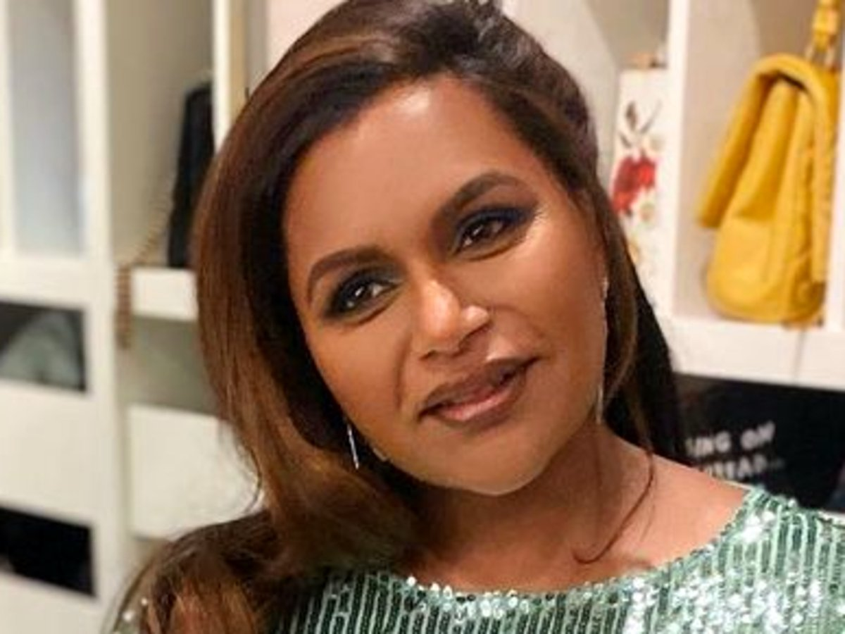 Mindy Kaling Sparkles In Rixo Sequin Dress, Debuts Lighter Hair At People's Choice Awards — See Her Glamorous Look!