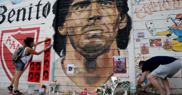 In Pictures: Grief and shock over Maradona's death