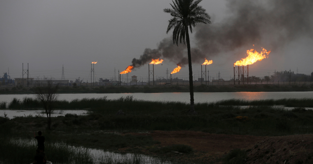 Rocket attack causes fire at oil refinery in northern Iraq