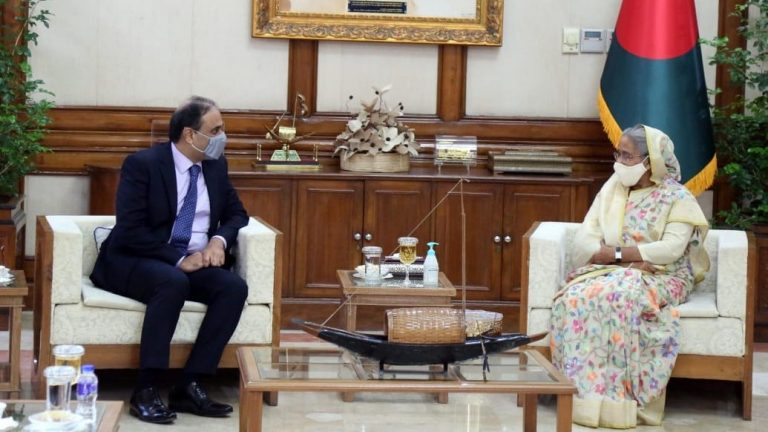 Pakistani envoy meets Bangladeshi PM in sign of warming ties