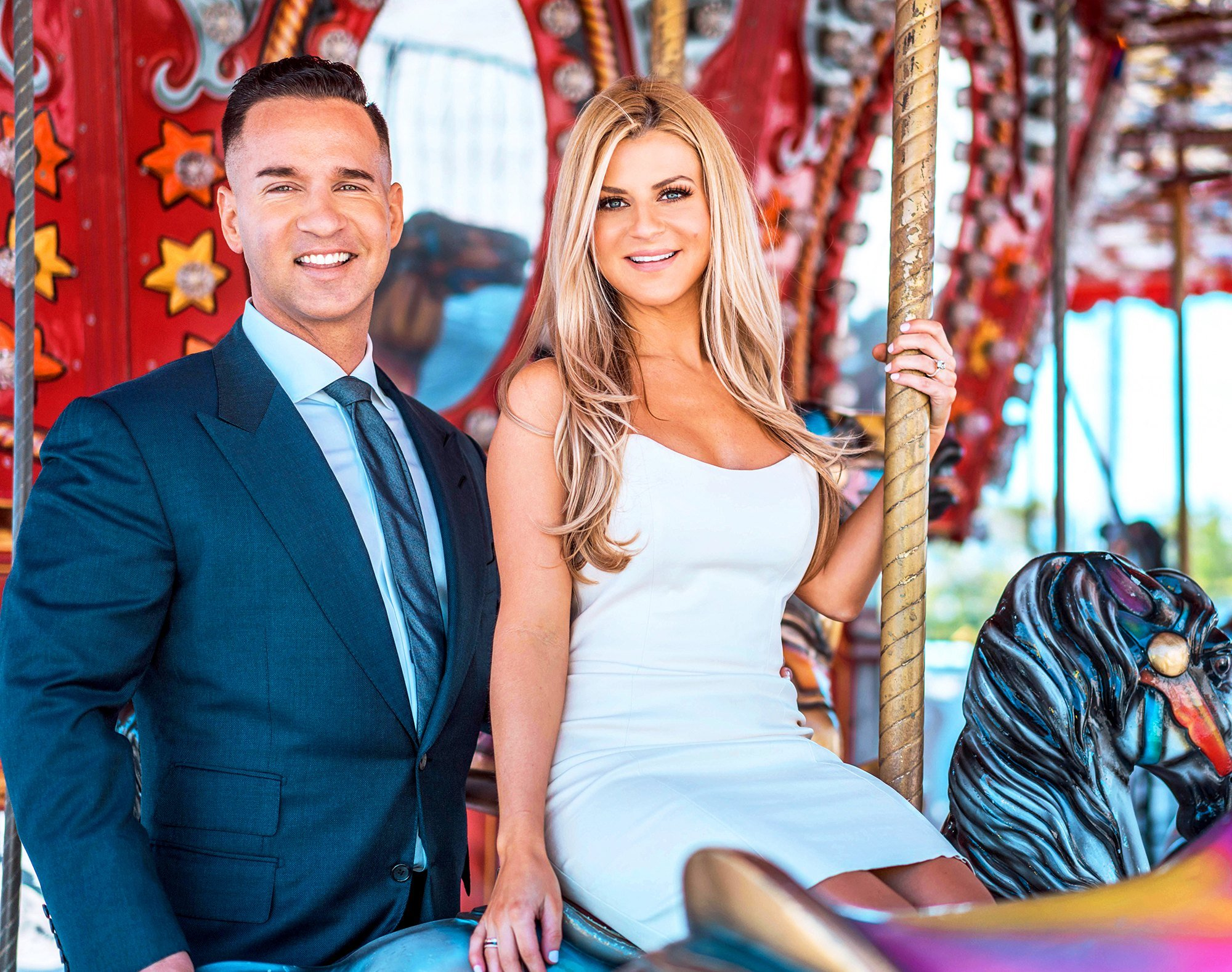 The Situation And His Wife Lauren Announce The Sex Of Their Unborn Baby After Holiday-Themed Reveal Party!