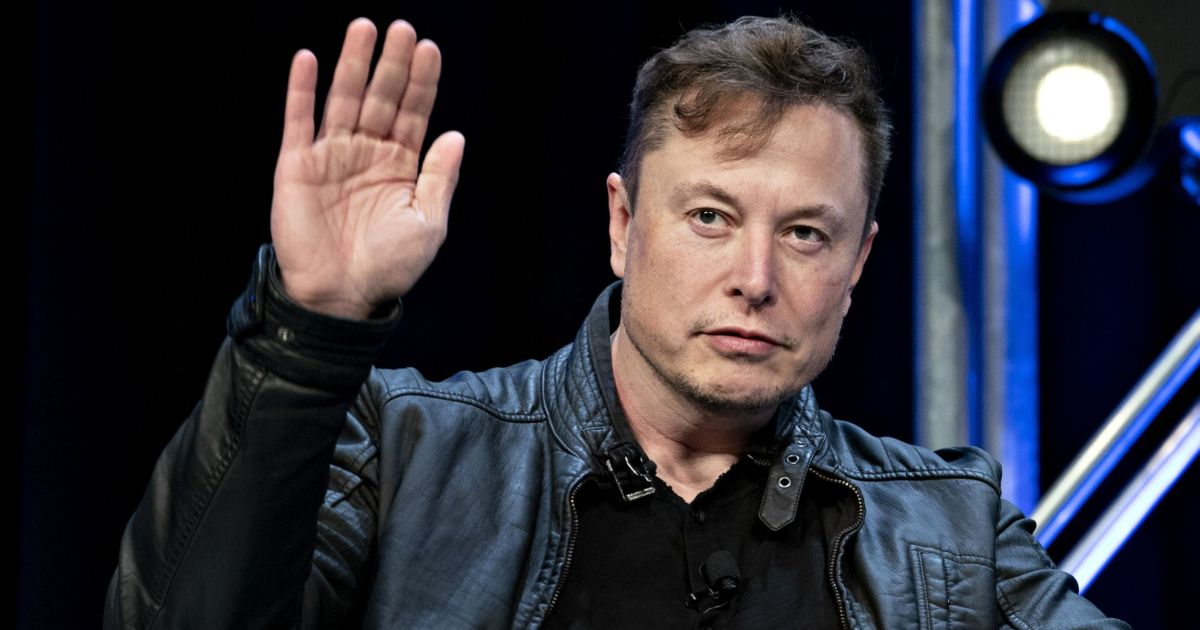 Musk warns Tesla staffers that soaring shares could get 'crushed'
